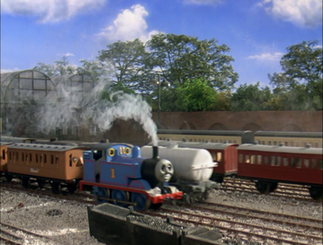 File:ThomasAndTheMagicRailroad535.png