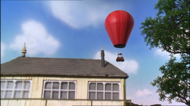 File:JamesandtheRedBalloon52.png