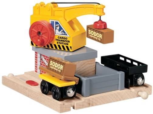 File:WoodenRailwayCargoTransfer.jpg
