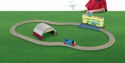 TrackMaster(Fisher-Price)ThomasattheAirport