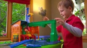 TrackMaster (HiT Toy Company) Spin and Fix Thomas Commercial