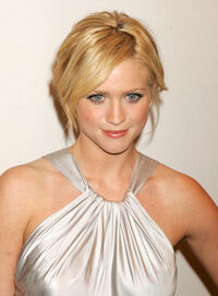 Brittany Snow 3