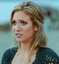 Brittany Snow 7