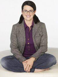 Megan Mullally 7