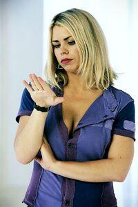 Billie Piper 4