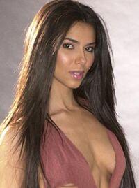 Roslyn Sanchez 3