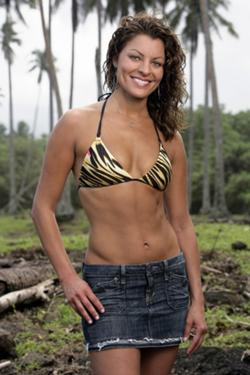 Isolina S5 contestant
