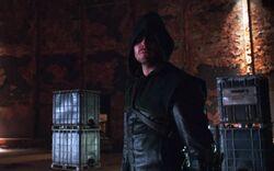Arrow 1x02 001
