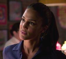 Arrow 1x03 011