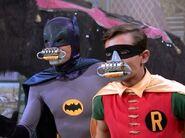 Batman (1966) 1x02 016