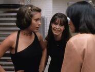 Charmed 1x02 007