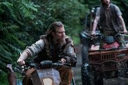 Outsiders 1x06 002