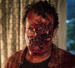 Fear the Walking Dead 1x03 001