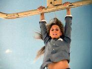 Bionic Woman 3x03 001