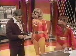Electra Woman and Dyna Girl 1x01 001