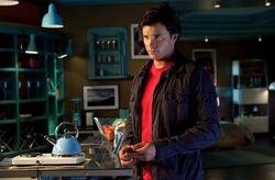 Smallville 10x02 001