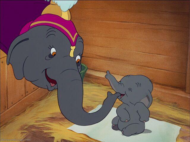 File:Dumbo 9.jpg
