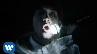 Twenty one pilots- Fairly Local -OFFICIAL VIDEO-
