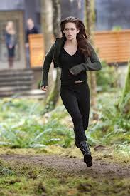 File:Wow Bella run fas (she vampire).jpg