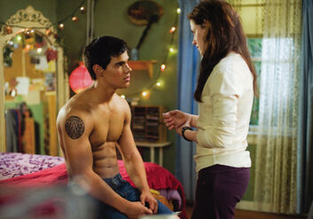 New-moon-movie-pictures-515