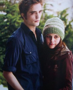 File:243px-Edward e Bella 3.jpg