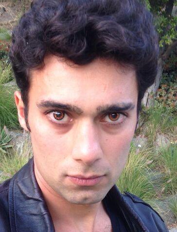 File:Arash-benjamin-eyes.jpg