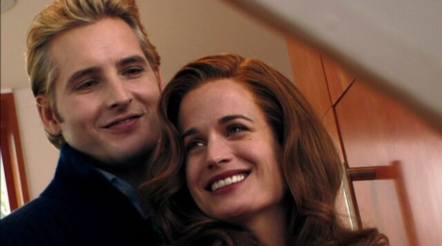 File:Carlisle-and-Esme-Cullen-twilight-series-26536586-1494-830.jpg