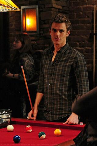 File:Stefan-playing-pool.jpg