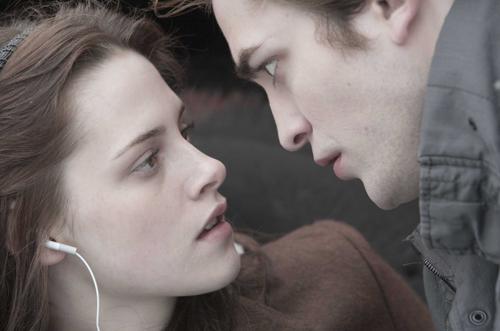 File:PHOTOS-Kristen-Stewarts-Best-Twilight-Saga-Moments-2.png