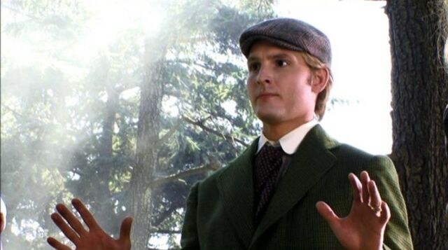 File:Carlisle-Cullen-twilight-series-8010182-786-439.jpg