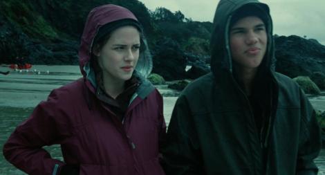 File:Rei-raindance-jacket-twilight-la-push-beach-and-twilight-gallery.png