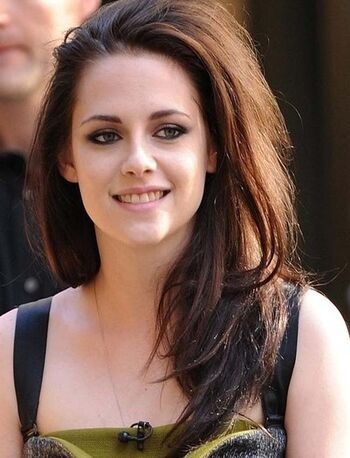 Kristen Stewart | Twilight Saga Wiki | FANDOM powered by Wikia
