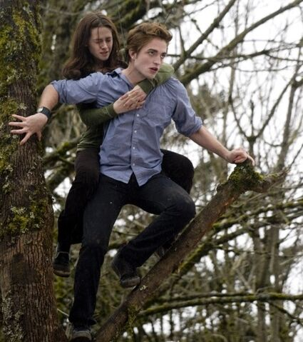 File:Date-with-edward-cullen.jpg
