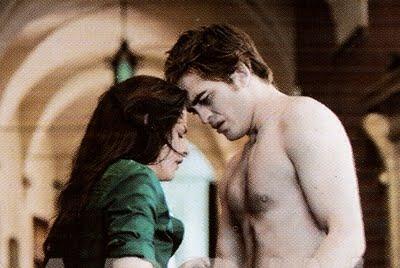 File:Edward y bella en volterra.jpg