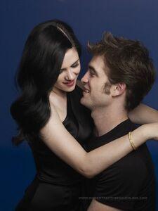 Robert Pattinson and Kristin Stewart in Bazaar (15)