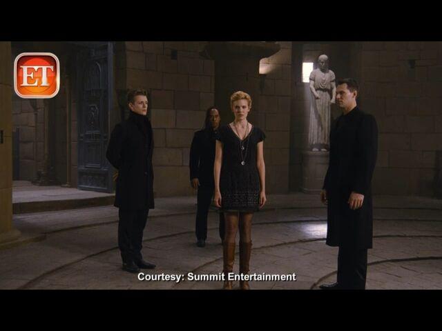 File:Demetri, Felix, Irina and Santiago stay together.jpg