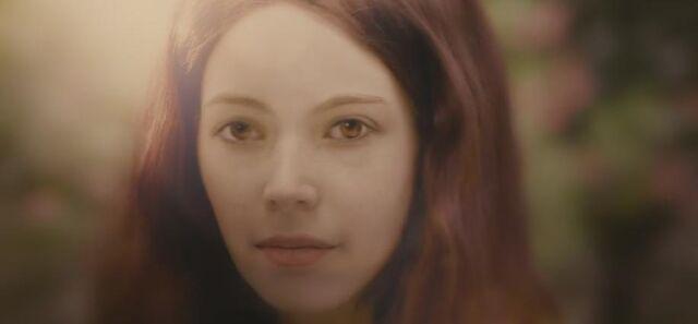 File:BD1- Renesmee Grown Up 4.jpg