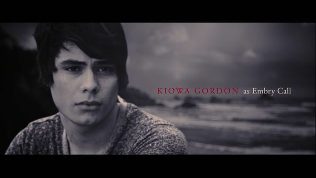 File:Kiowa Gordon as Embry Call.jpg