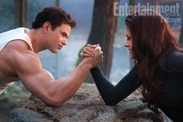 File:The-Twilight-Saga-Breaking-Dawn-Part-2-3.jpg