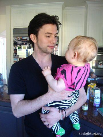 File:Jackson with his niece 2.jpg