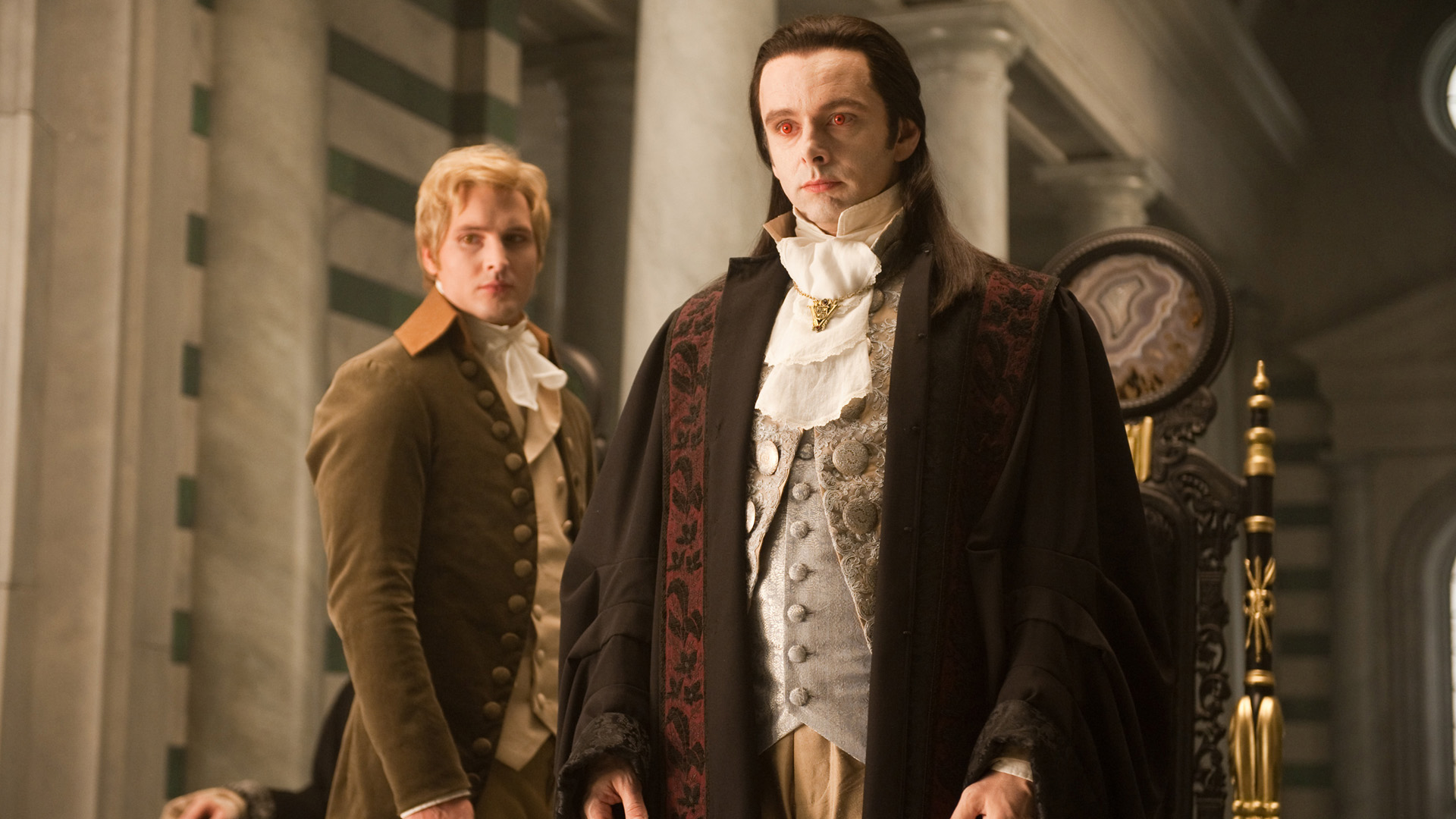 File:Aro-and-Carlisle-michael-sheen-8951322-2560-1672.jpg