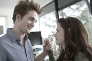 Bella-and-edward-bella-swan-2587944-567-378