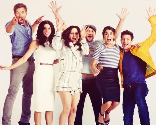 File:Twilight Saga Cast.png