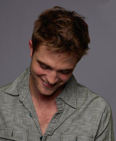File:Robert Pattinson 186.jpg