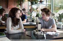 Bella and Edward in Biology.jpg