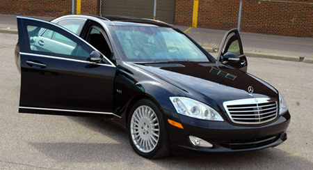 File:Black Mercedes S600 Guard.jpg