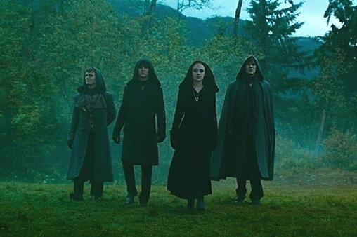 File:Twilight-saga-eclipse-trailer-volturi.jpg