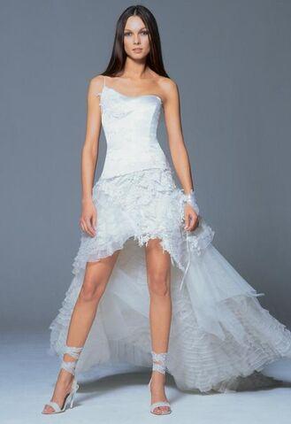 File:Spring-wedding-dresses2.jpg