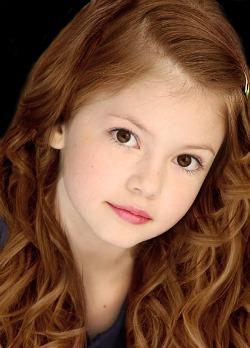 File:Renesmee Cullen Curly Hair.jpg