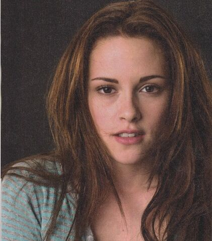 File:Lucky-brand-jeans-long-sleeved-heathered-stripe-henley-and-bella-swan-gallery.jpg